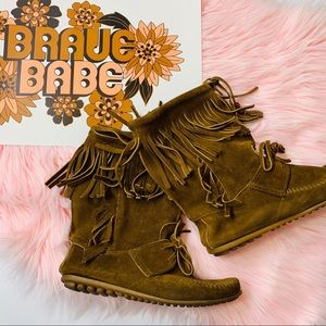 Minnetonka Suede Leather Fringe Moccasin Booties 7
